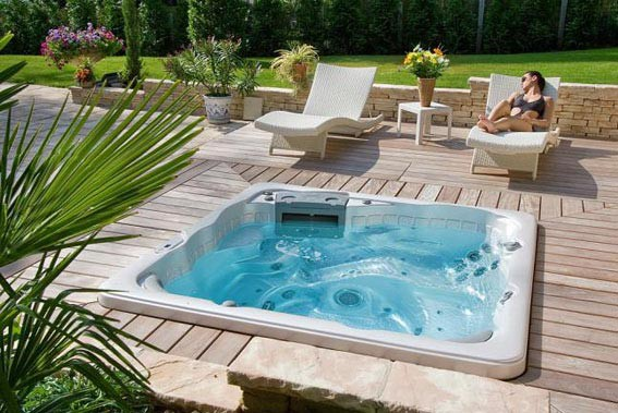 Vente de spas piscines bretagne sud for Piscine spa prix