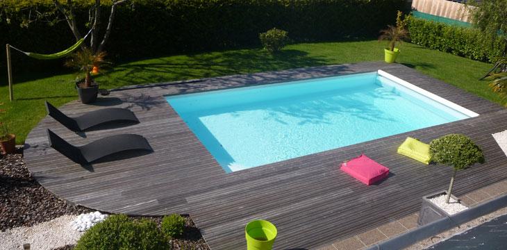 Liner piscine sable gallery of le liner gris clair for Aspirateur piscine octogonale